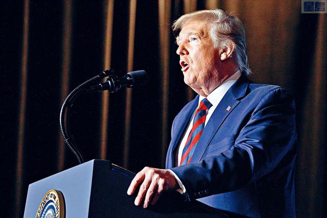 ■CNN委託SSRS調查機構進行的民意調查顯示,十個美國人當中,有六個表示不支持總統特朗普連任。    美聯社