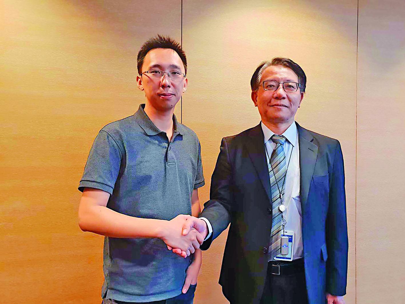 圖左為曠視科技聯合創辦人唐文斌。