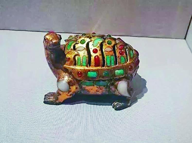 掌握現代電鍍工藝的烏龜「文物」。