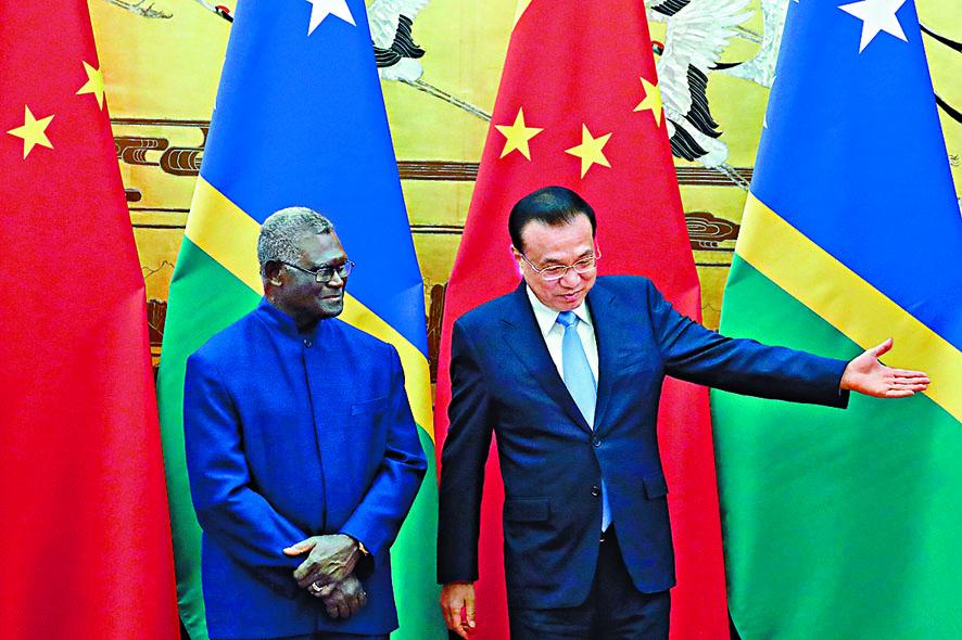 李克強會見所羅門群島總理索加瓦雷 。