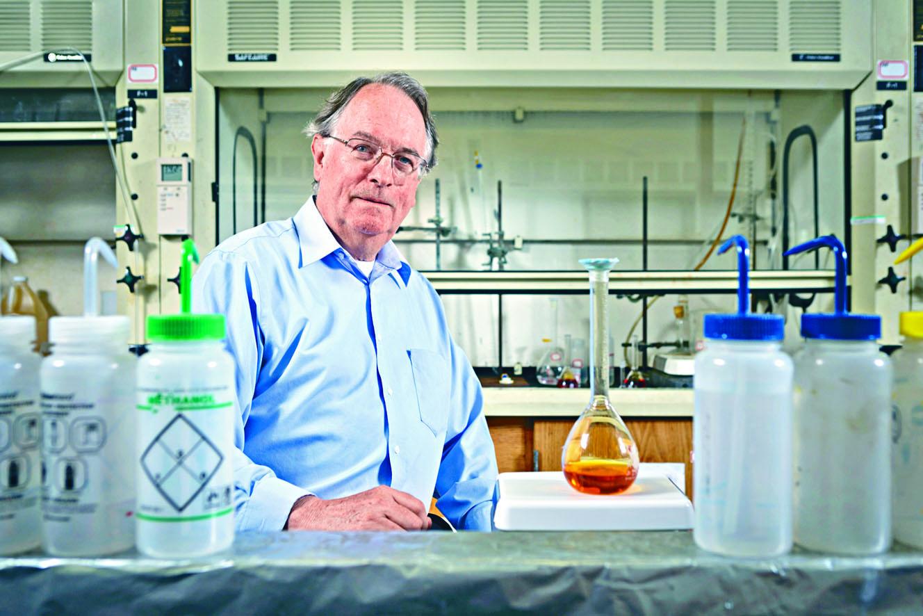 英國化學家惠廷厄姆。