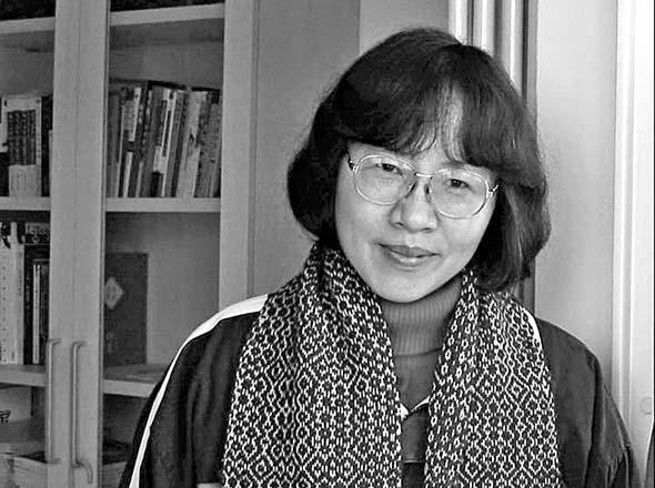 ■中國作家殘雪,以意識流創作手法聞 名。 互聯網