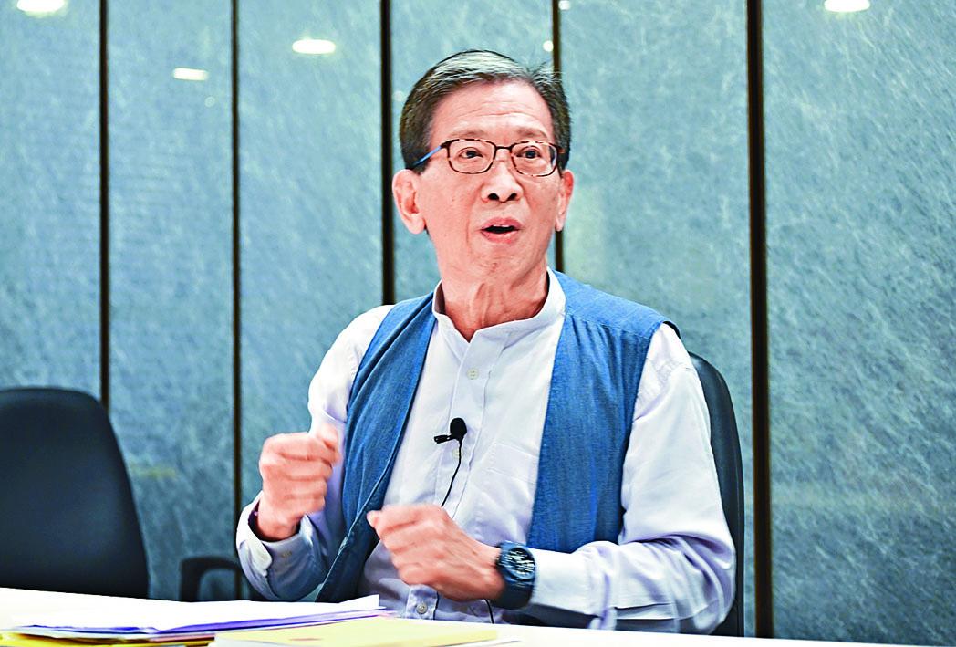 胡漢清認為現有刑事法例中,還有其他罪行可處理目前局面。