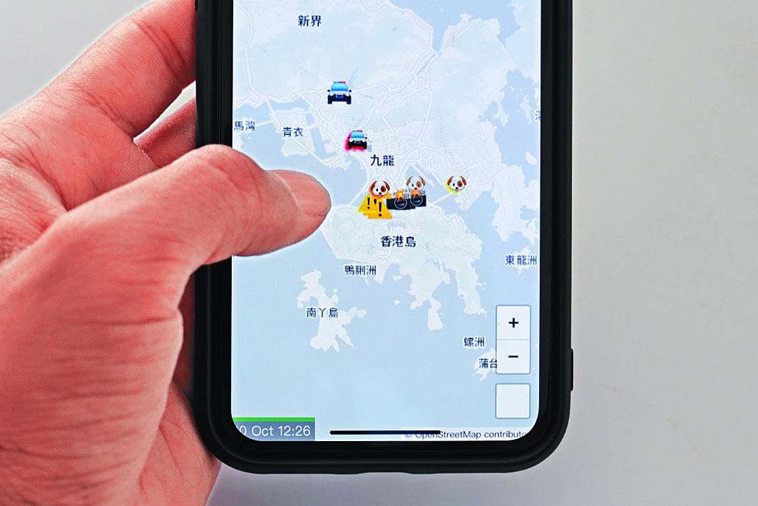 「HKmap.live」可實時顯示警員及警車身處位置。