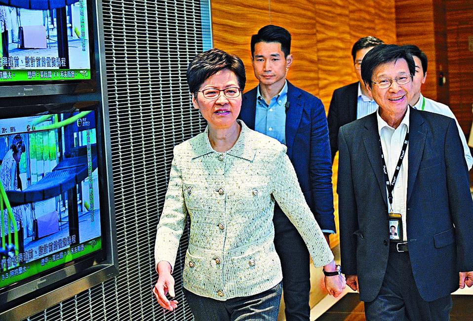特首林鄭月娥昨出席無綫電視「講清講楚」節目。