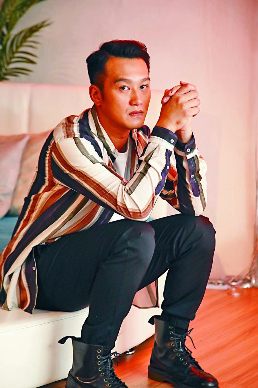 吳浩康不諱言自己有顆恨嫁的心。