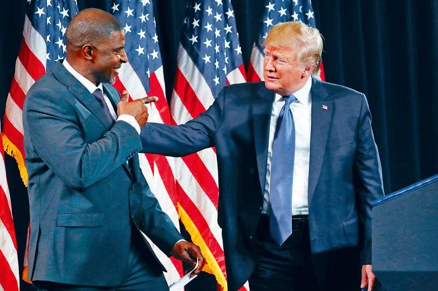 總統特朗普參加喬治亞州亞特蘭大集會活動,爭取非裔選民支持他競逐連任。    路透社