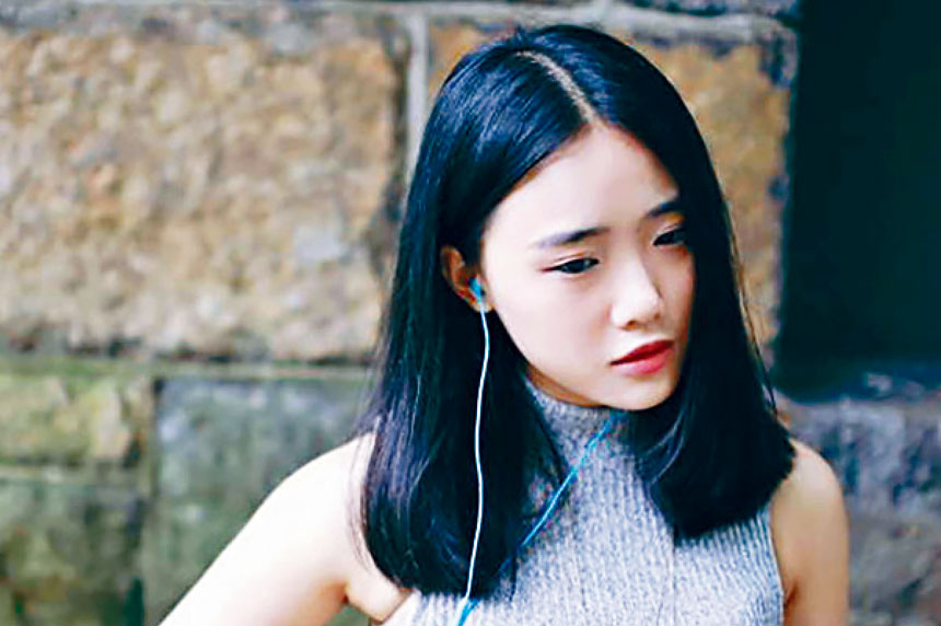 劉嘉雯(Jiawen Liu,音譯)去年8月在中城酒店跳樓自殺。臉書圖片
