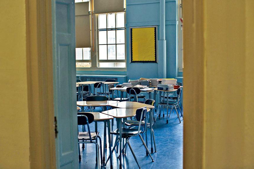 數據顯示,上財年有237名老師面對指控,但只有15人被解僱。 Christopher Lee/紐約時報