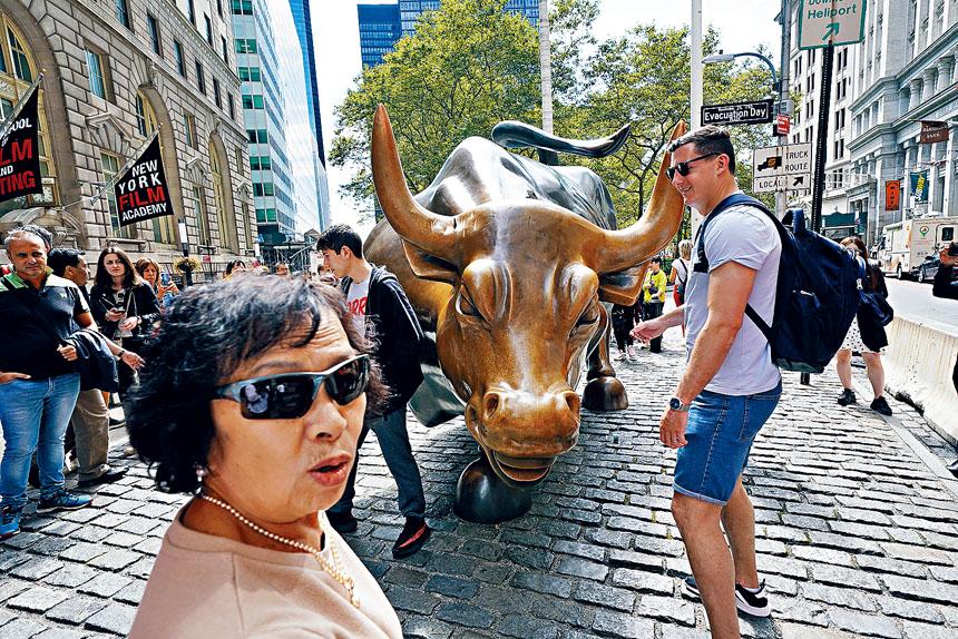 銅牛於今年9月曾遭惡意破壞,目前已完成修復。Michelle V. Agins/紐約時報