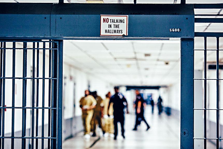 紐約州明年初實施司法改革,禁止法官要輕罪和非暴力重罪的被告交現金保釋。Michael Kirby Smith/紐約時報