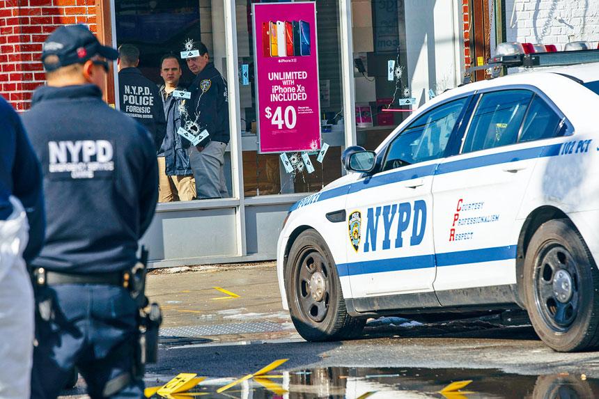 紐約市警員今年的開槍率遠高於2018年。Uli Seit/紐約時報