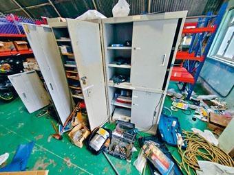 中大校園辦公室遭破壞。