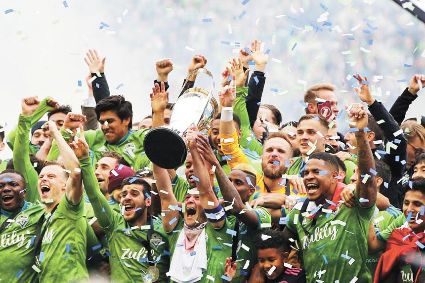 西雅圖海灣人瘋狂慶祝奪冠。美聯社