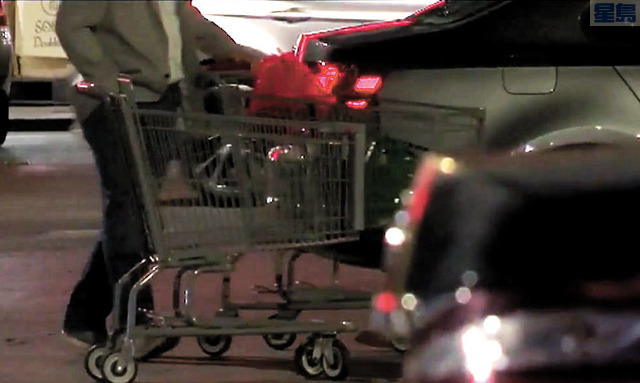 歹徒趁事主賣完東西回車上時下手。KRON4電視畫面