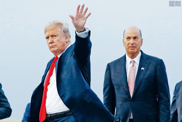 有第二名官員說,聽到總統特朗普與美國駐歐盟大使桑蘭德引起爭議的電話通話。    美聯社