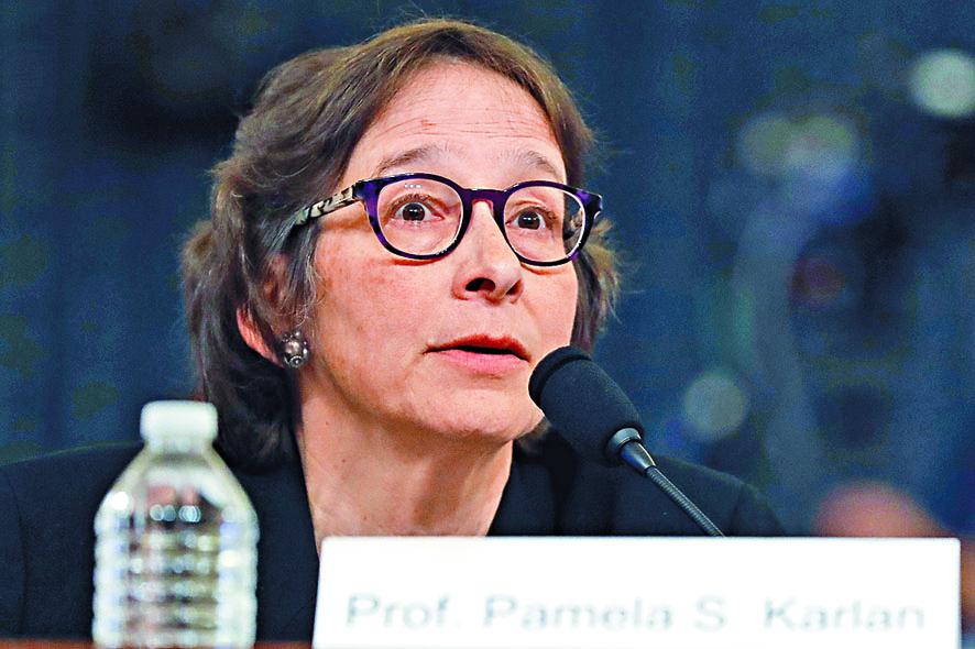 ■史丹福法學院教授卡蘭周三為 她對特朗普兒子巴倫的言論道 歉。 美聯社