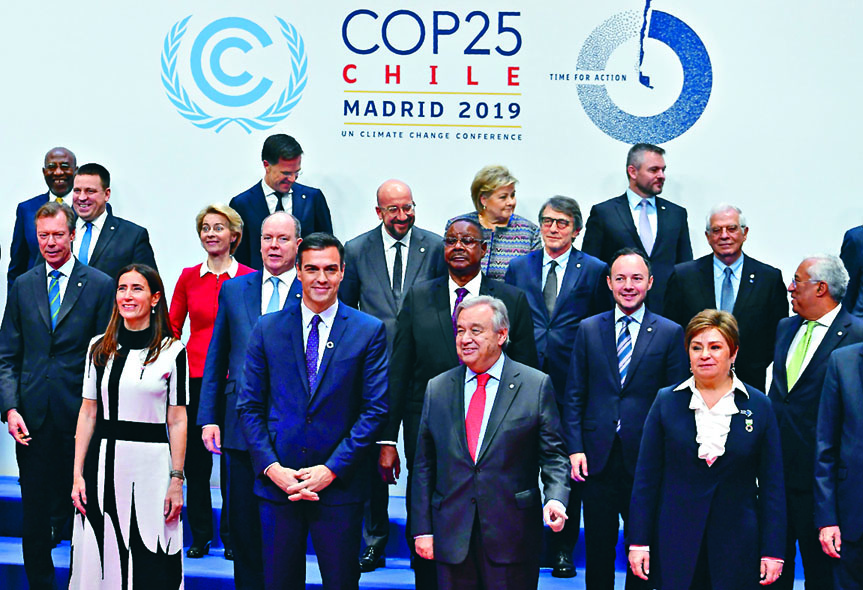 ■出席聯合國氣候變化大會的各國領袖,周一在 馬德里拍攝大合照。 法新社