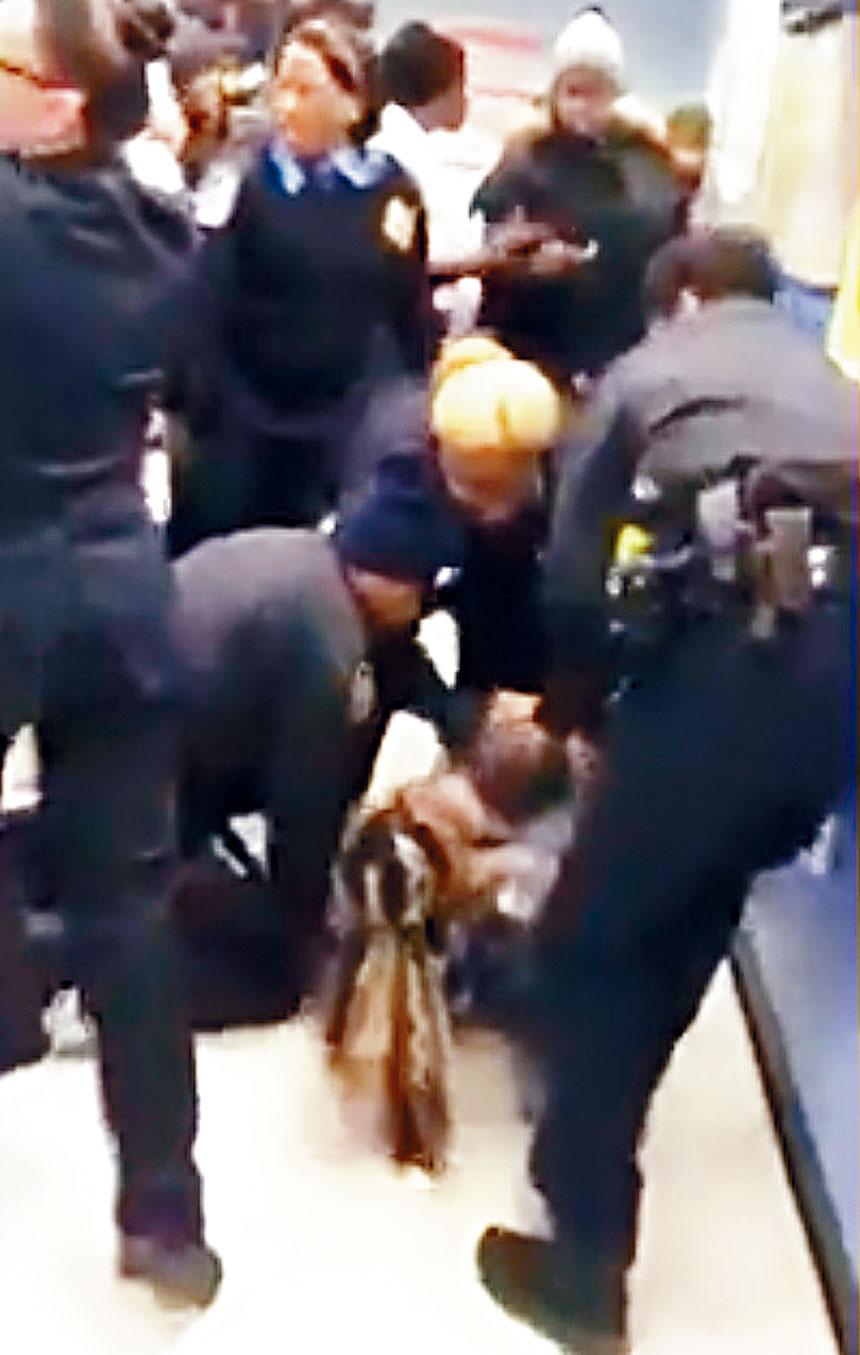 海德利被暴力逮捕的視頻在網上瘋傳。影片截圖