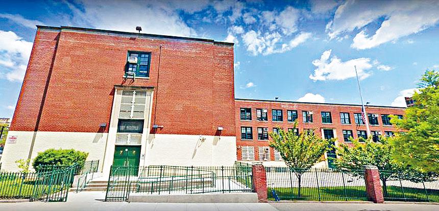 位於曼哈頓西107街的Booker T. Washington學校。谷歌地圖
