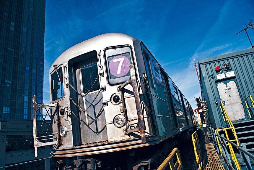 自從去年完成訊號系統升級以來,7號車是市內第二最可靠的地鐵線。Vincent Tullo/ 紐約時報