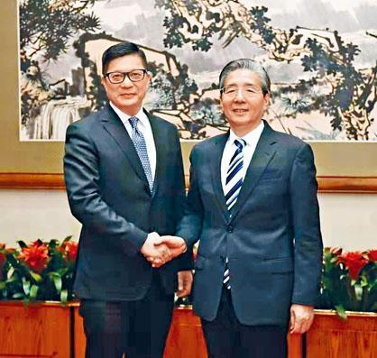 鄧炳強禮節性拜訪中央政治局委員、中央政法委書記郭聲琨。