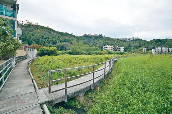 會德豐借出的土地,以大埔項目規模最大,業內相信項目為位處汀角路黃魚灘一帶用地。