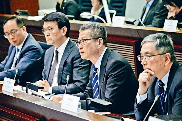 陳茂波表示,雖然香港經歷困難,國際社會對香港仍然有信心。