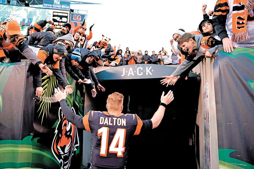 道爾頓率領猛虎取得賽季首場勝利,他過球員通道時受到球迷的熱烈歡迎。Getty Images