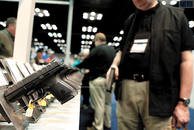 加州槍管嚴格,但有報告指出依然有很多加州人有槍。美聯社資料圖片