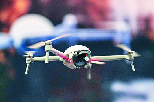美國內政部擬永久停用約千架民用無人機。