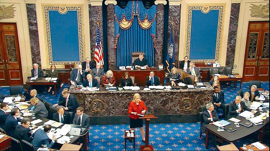 全美各大電視網絡對參院彈劾審訊的興趣似乎一般,三大電視網均選擇播放常規的節目。    電視屏幕截圖
