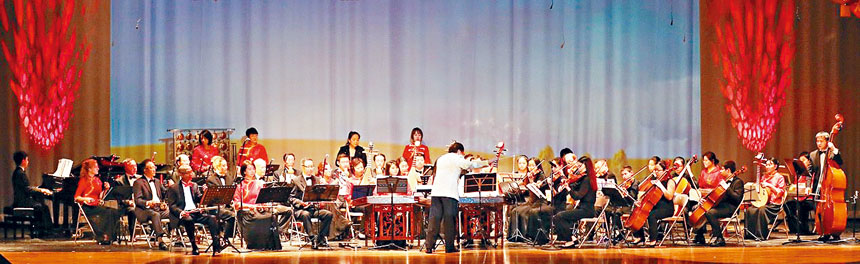 大型器樂合奏《春》奏響了春天的序曲。