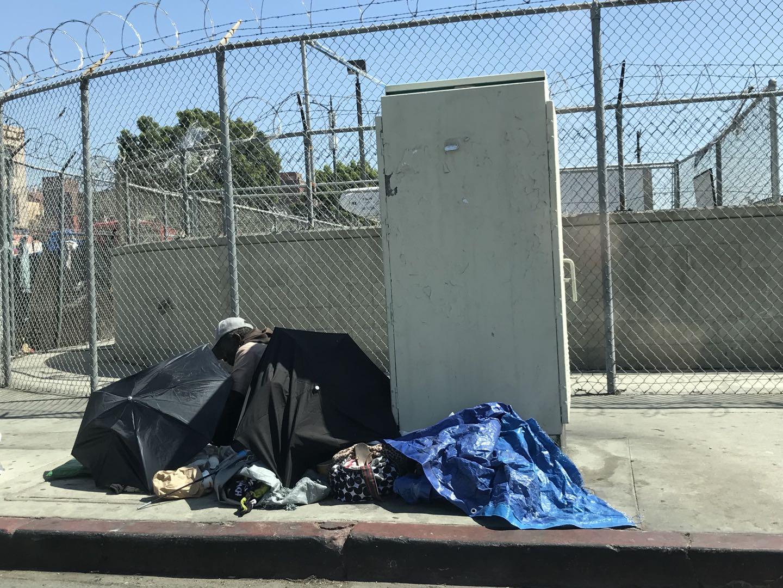 洛杉磯街頭的遊民。龐可陽攝