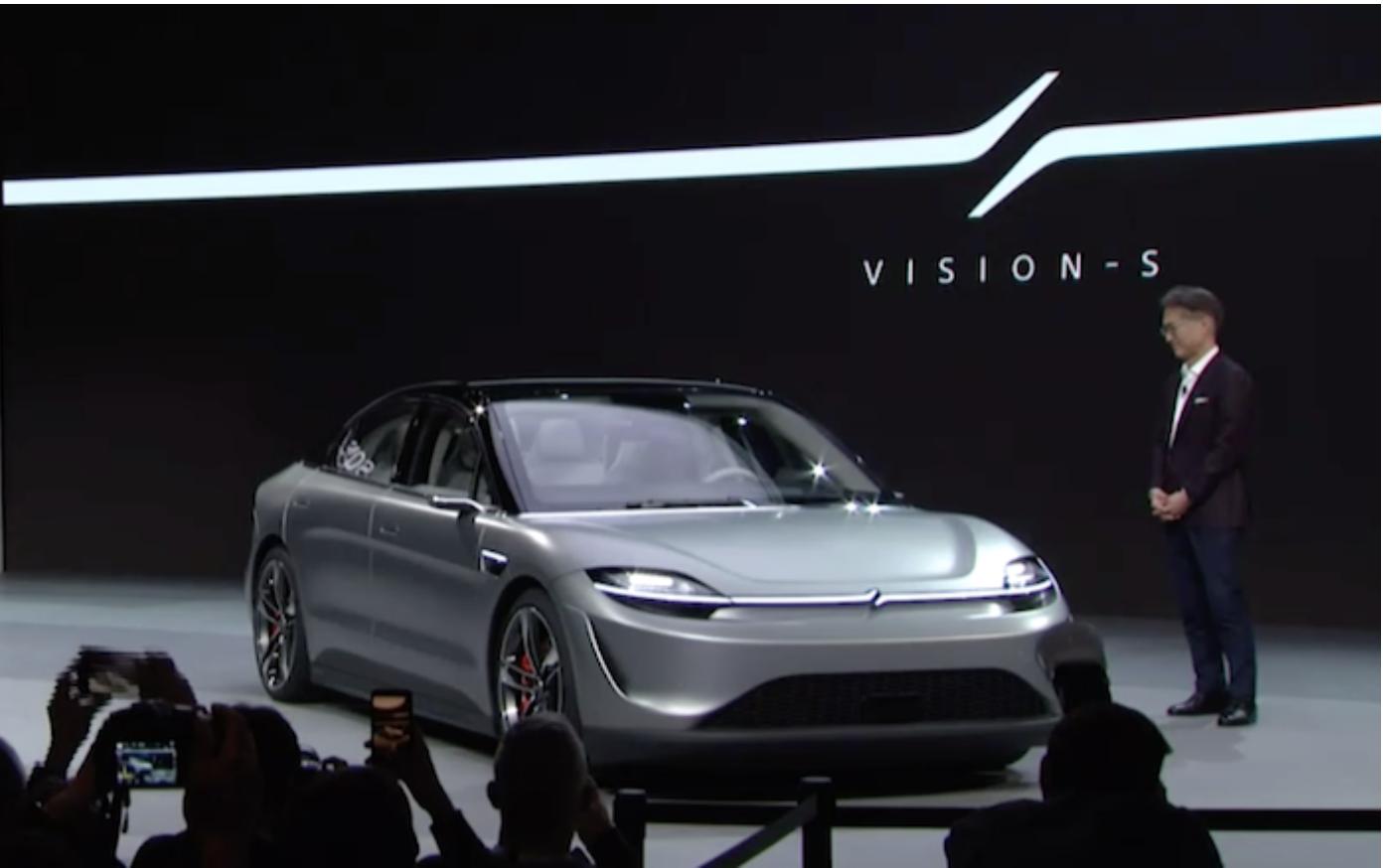 吉田憲一郎為索尼Vision-S揭幕。直播截圖