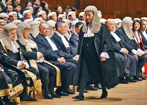 鄭若驊表示,風波下許多香港核心價值飽受衝擊,法治也不例外。