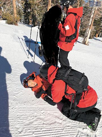 鍾約瑟的兒子Nolan在斯闊谷滑雪時發生意外,他認為斯闊谷在安全管理上缺乏有效培訓。鍾約瑟提供