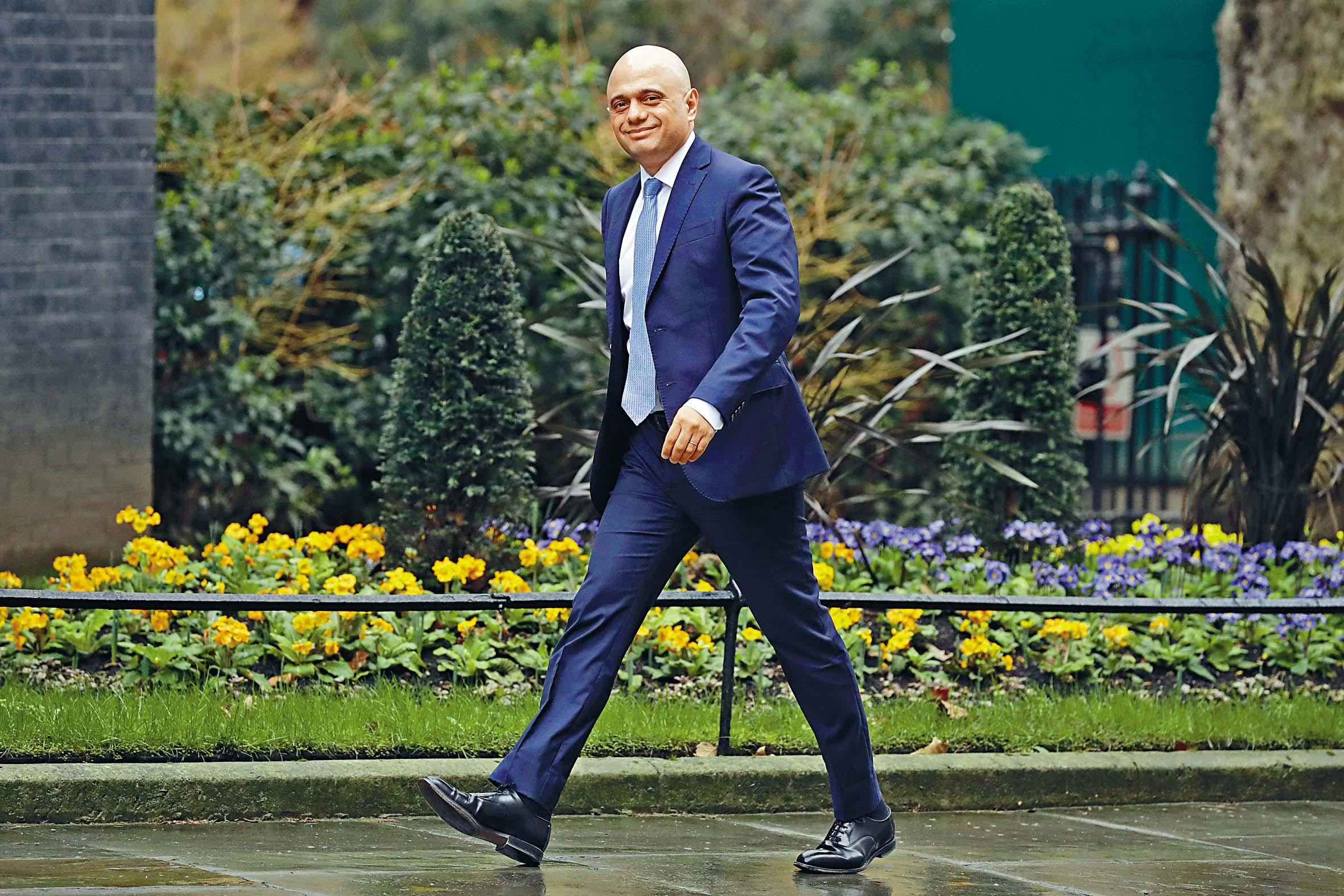賈偉德突辭去財政大臣職務。 美聯社