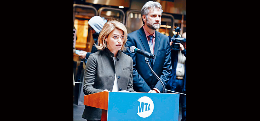 芬伯格(左)將於3月9日出任紐約市捷運局臨時總裁。推特圖片