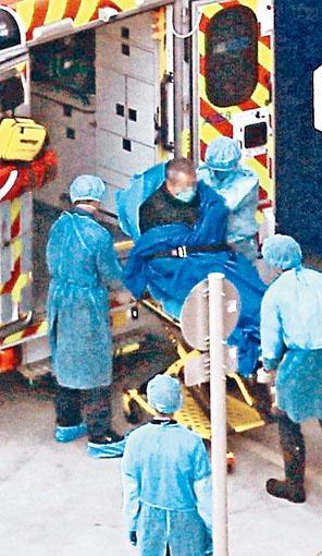 一名在日本檢測呈陰性的港漢昨午送往伊利沙伯醫院求診後,初步對病毒呈陽性反應。