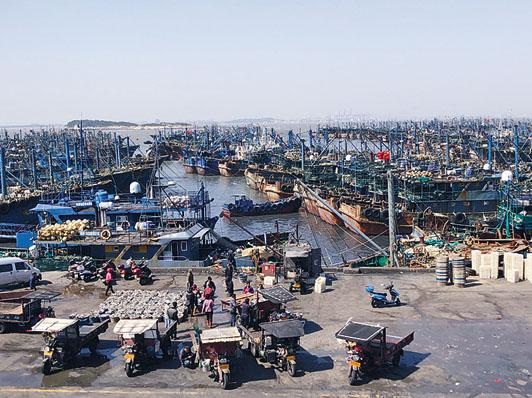 菲律賓華人海上偷渡返回泉州。圖為石獅市祥芝鎮祥芝漁港。
