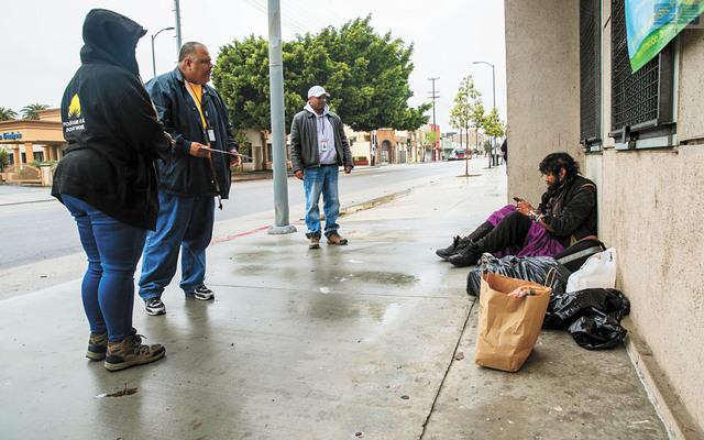 研究顯示,洛杉磯縣遊民是新冠肺炎高危險群,恐造成2600人染病、400人喪命。洛杉磯時報