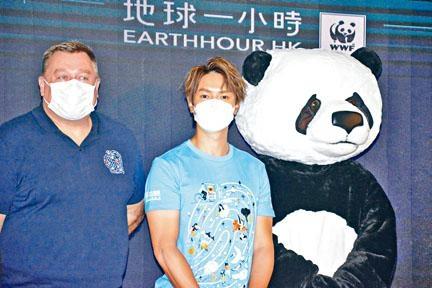 柏宇出席環保活動,自爆底衫褲穿足7、8年。