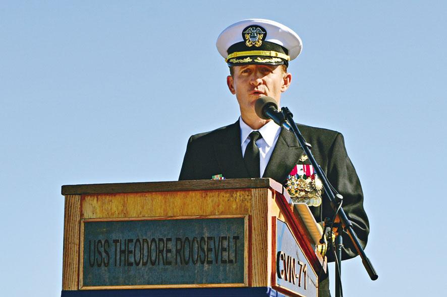 被解職的羅斯福號航母艦長克羅齊爾。 資料圖片