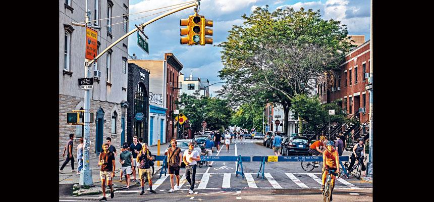 市府計劃封鎖100哩馬路,讓居民有更多活動空間。Juan Arredondo/紐約時報