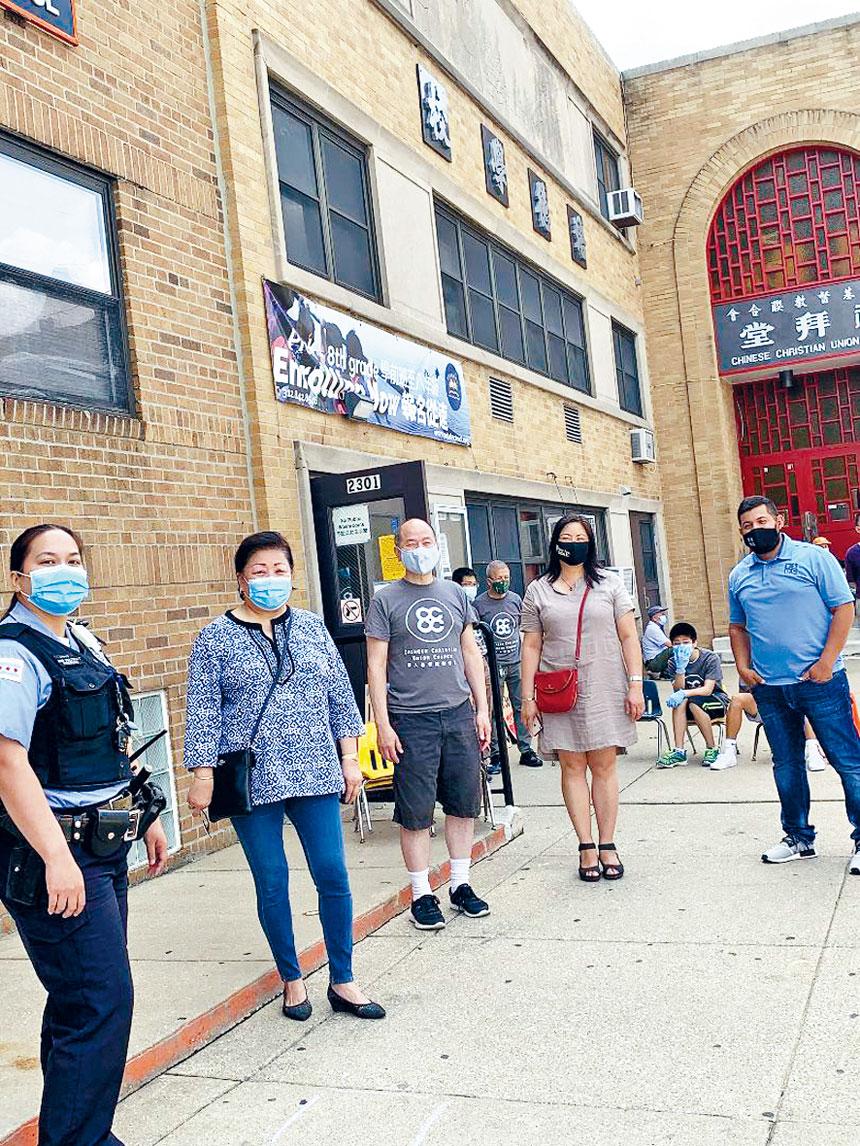 華商會、華埠更好團結聯盟、眾議員馬靜儀等組織再度在6月27日早上舉辦緊急食物分發活動。梁敏育攝