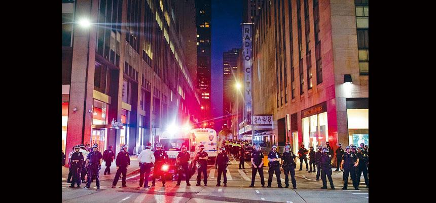 據了解,警隊內部也對解散反犯罪部門十分不滿。Demetrius Freeman/紐約時報