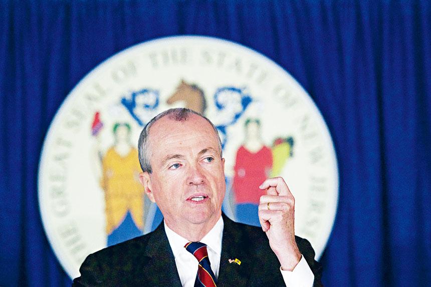 墨菲警告說,州內的新冠病毒傳播率達到3個月來最高水平。Mark Makela/紐約時報