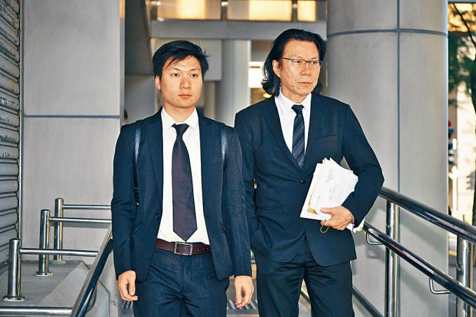 陳家駒(左)