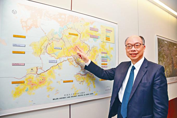 運房局局長陳帆指,興建鐵路前需進行完善規劃,欲速不達。